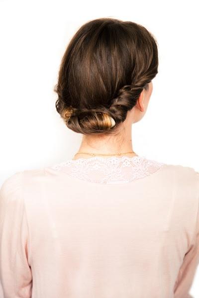A CUP OF JO: DIY wedding hair: Gibson roll