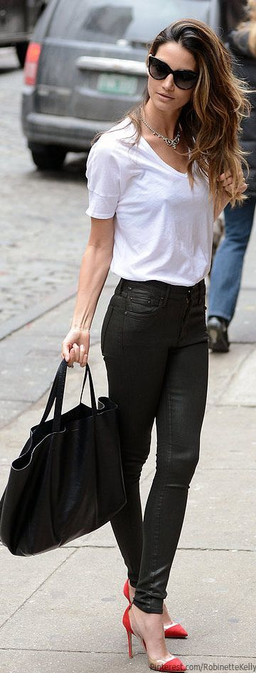 This is a perfect outfit for me.  Simple fitted clean white t-shirt, simple silver necklace, shiny black skinny pants.  I now have leggings like these, so I could try this now.