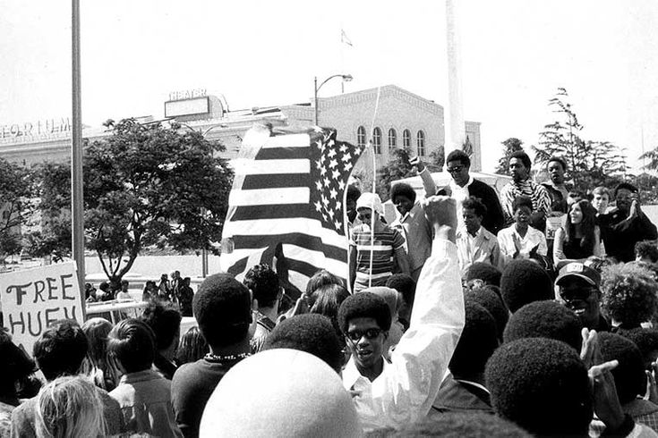 huey p newton and civil rights movement The civil rights act of 1964 essentially ended segregation in the us a mass movement starting in the 1950's, through nonviolent protest had broken the pattern of racially segregated public.