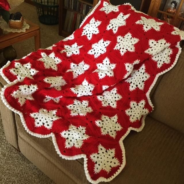 Crocheted Snowflake afghan - Crochet creation by Shirley …