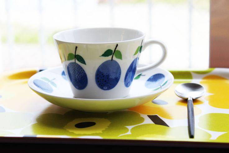 午後のひと時に濃い目のコーヒーを。 ・コーヒー カップ&ソーサー グスタフスベリ プルーヌス(PRUNUS) ・スプーン クチポール GOA コーヒー/ティースプーン ・トレイ マリメッコ ウニッコ ミニ トレイ/イエロー #北欧食器 #柳井市 http://www.paysage.jp ライフスタイルショップ ギフト PAYSAGE / ペイザージュ LINE@ ID: @paysage