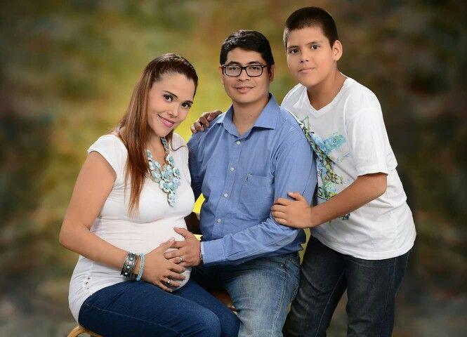 4 = Familia.