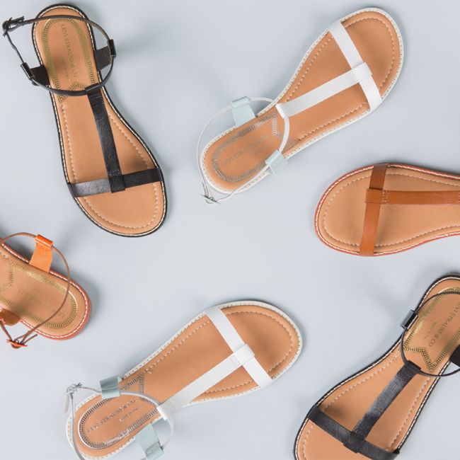 #ss15 #spring #summer #springsummer15 #new #newarrivals #newproduct #onlinestore #online #store #shopnow #shop #fashion #womencollection #women #levis #sandals #shoes