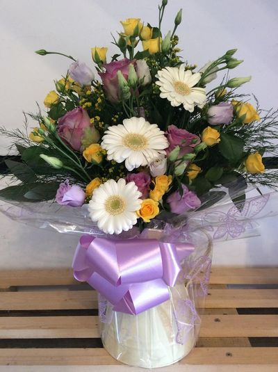 Bouquets - Gallery - COTTAGE FRUIT & FLOWERS