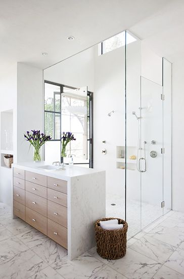Home Tour: Tasteful and Timeless in Austin// double shower, marble vanity, modern bathroom