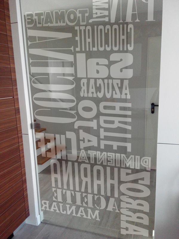 Particular - vinilo puerta cristal | Estudios Pigmento
