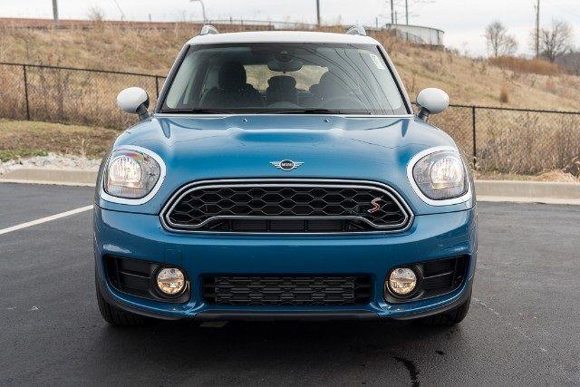 54 New Mini Cars Suvs In Stock Mini Countryman Mini Sport Seats