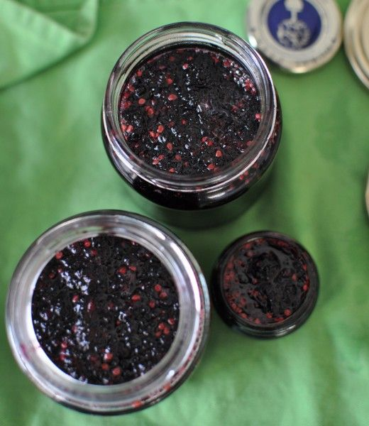 Mulberry jam with lemon juice - no pectin