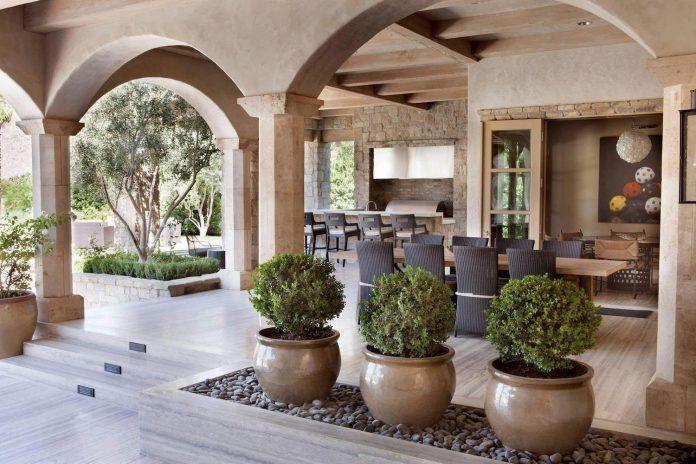 luxurious-single-family-residence-palm-springs-certified-luxury-builders-09