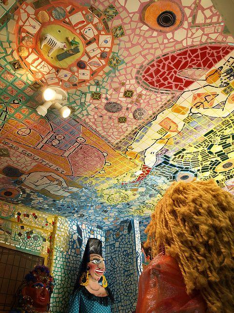 Beautiful murals by Isaiah Zagar: Mosaics Art, Art Glasses Art, Philadelphia Murals, Philadelphia Magic, Beautiful Murals, Artists Isaiah, Kids Glasses Art, Color Mosaics, Photgraphy Artists