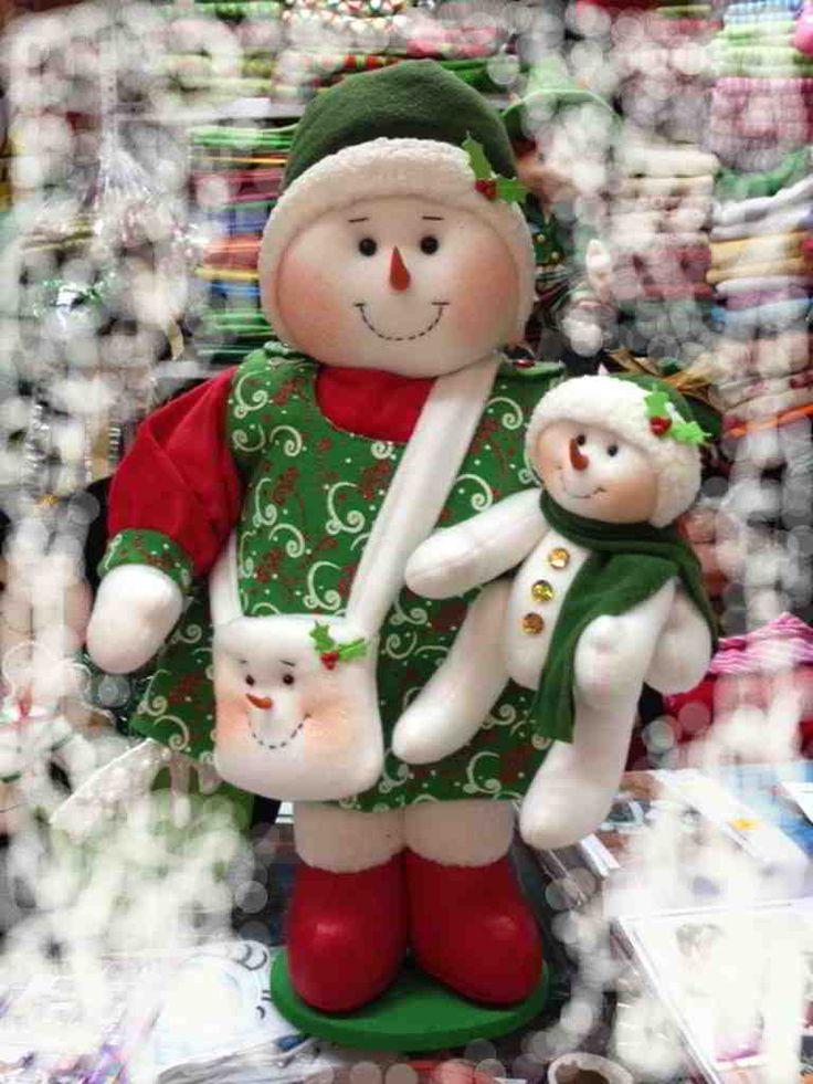 Muñeca de nieve mamá con su bebé