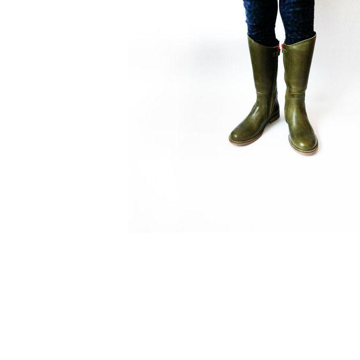 NR.9 tall boot http://www.devries1972.com/winkel/73/boots-detail…
