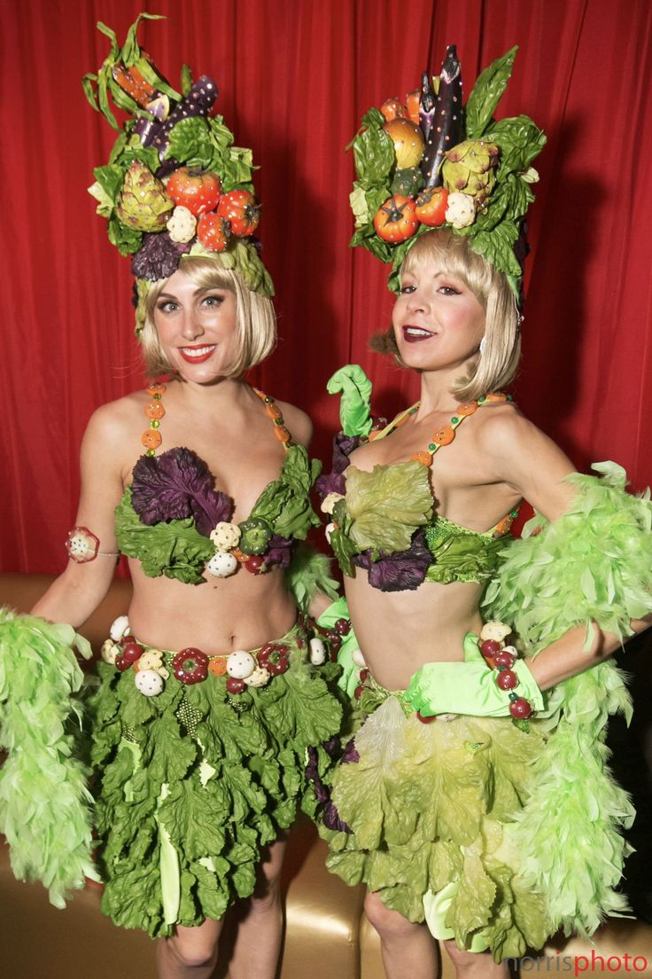 National Eat Your Vegetables Day, don't forget to eat your veggies! Event entertainment models wearing custom vegetable costumes show us how it's done. #eventtalent #costumedesign #liveentertainment #norrisphoto
