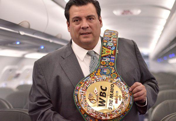 """El Presidente del Consejo Mundial de Boxeo (CMB), Mauricio Sulaimán, expresó que la batalla entre el tapatío Saúl """"Canelo"""" Álvarez y el sinaloense..."""