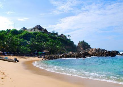 Hermosas playas mexicanas Puerto escondido en Oaxaca te gustaría conocerlo? ¡Contactanos!