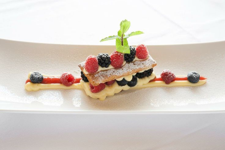 Mille-feuille with lemon cream and wildberries