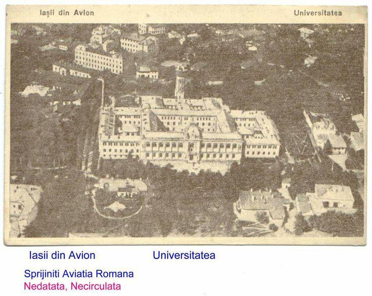 """Universitatea in prin plan, cu Colegiul """"Costache Negruzzi"""" in fundal stanga, urmat de o vedere partiala a Scolii """"Carol I"""", Iasi, Romania"""