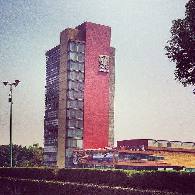 UNAM torre de rectoria-Mexico