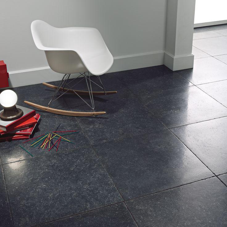 Belgisch hardsteen imitatie 60x60 met zijdeglans en getrommelde randafwerking (12) Tegelhuys