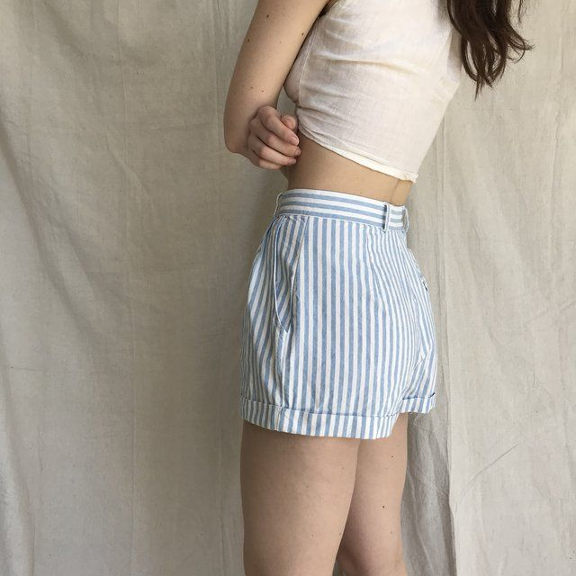 ce20afa6fbb09c The cutest vintage 80s cotton blue and white pin stripe High - Depop