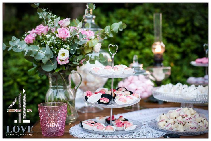 #chic #rustic #garden #γάμος, #welcome_table #candy_bar με rustic στοιχεία #διακόσμησης - Floral Artist Ντίνος Μαβίδης & Concept Stylist Μάνθα Μάντζιου #4LOVEgr