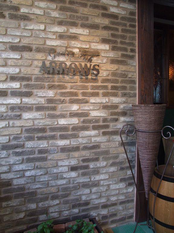 Amsterdam 特注 Arrows本八幡店 ブリックタイル ストーンのキャン エンタープライゼズ 2020 カフェ インテリア キッチン Cafe インテリア レストラン インテリア