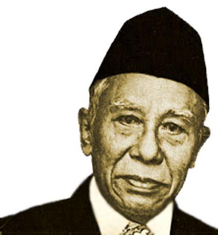 Oleh: Lukman Hakiem, PeminatSejarah  MR. KASMAN SINGODIMEDJO (1904-1982), adalah pemimpin di masa kritis. Di waktu sekitar Proklamasi Kemerdekaan, menurut Jenderal TNI Abdul Haris Nasution, ad