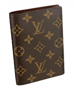 Louis Vuitton Monogram Passport Cover...I always feel so chic and stylish when I pull this out at customs.: Louisvuitton, Passport Covers, Vuitton Passport, Travel Accessories, Credit Cards, Monograms Canvas, Louis Vuitton Handbags, Louis Vuitton Bags, Louise Vuitton