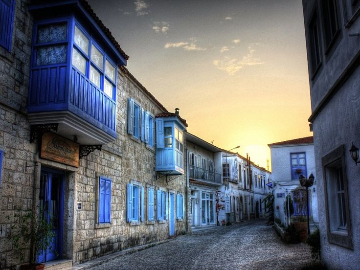 Village in Alacati, Turkey.  This will hang in my redecorated guest room.  Color scheme:  Grey and glue