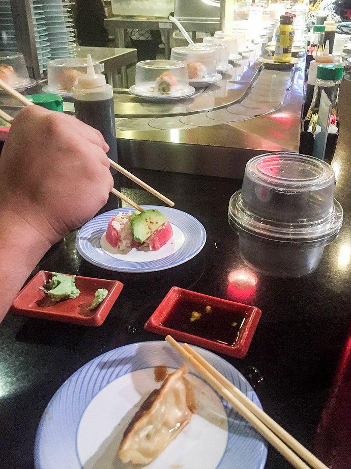 Teharu (conveyor belt) Sushi | Scottsdale AZ | EAT + DRINK | Pretty Peas Southwestern Lifestyle Blog