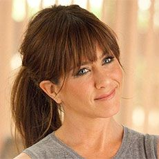 Jennifer Aniston - Bangs in Horrible Bosses I wish my hair looked this good when it is dark