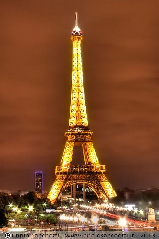 Tour Eiffel, Paris - HDR at night