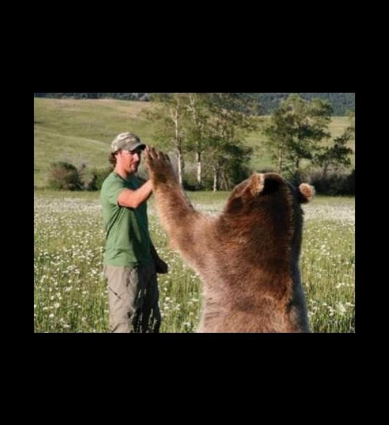 Best A Down To Earth Guy Images On Pinterest Montana Baby - Guys best friend bear cutest bromance ever