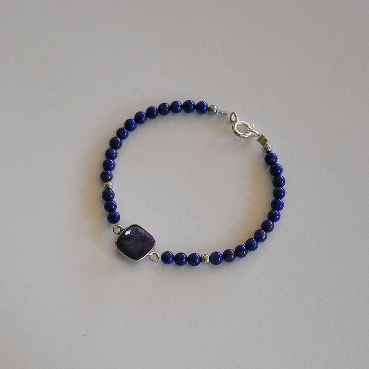 """Bracelet précieux pierres lapis lazulis : Modèle """"Hannah"""" : Bracelet par kanakeis"""