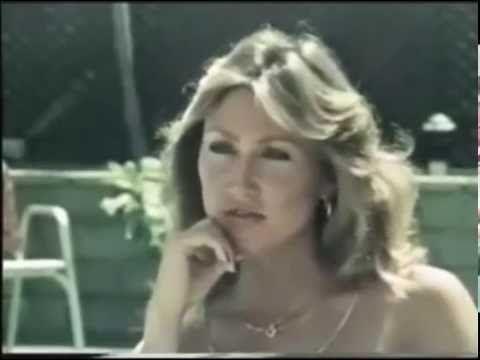 Linda Thompson Remembers Elvis Presley [1980] - YouTube