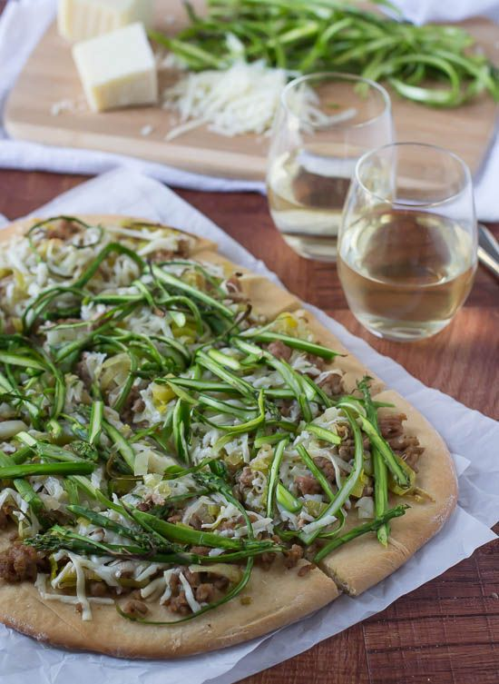 Spicy Turkey Leek Asparagus Pizza Recipe- The perfect way to use asparagus!
