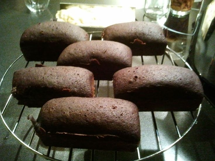 Recette d'une Gâteau au chocolat et aux pommes sans gluten et cuit à la vapeur douce.