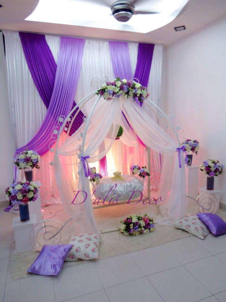 Pelamin aqiqah warna purple, cinderella cradle. Tema sweet and simple.
