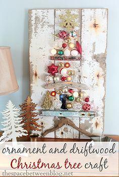 upcycled idea del árbol de navidad de artesanía inspirada en la revista Real Simple, decoraciones de Navidad, la artesanía, la reutilización upcycling, decoración de vacaciones de temporada, upcycled nave árbol de Navidad inspirado en portada de la revista Real Simple