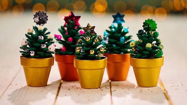 Deze mini-kerstboompjes staan dit jaar zeker op jouw kersttafel