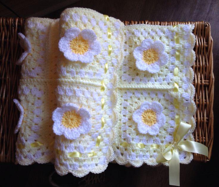 Yummy Handmade ,Crochet Flower Petal Baby Blanket with Ribbon
