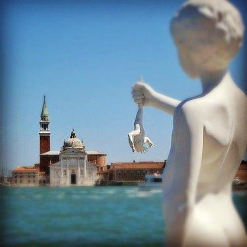 """Photo: Venezia, la battaglia dei topi e """"delle ranocchie le fugate squadre"""" #Semprecaromifu #scritturebrevi @Futura Festival Civitanova Marche  http://tmblr.co/Z2g2Ev1BiLyXE"""