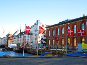 From Norwegian to Danish Language