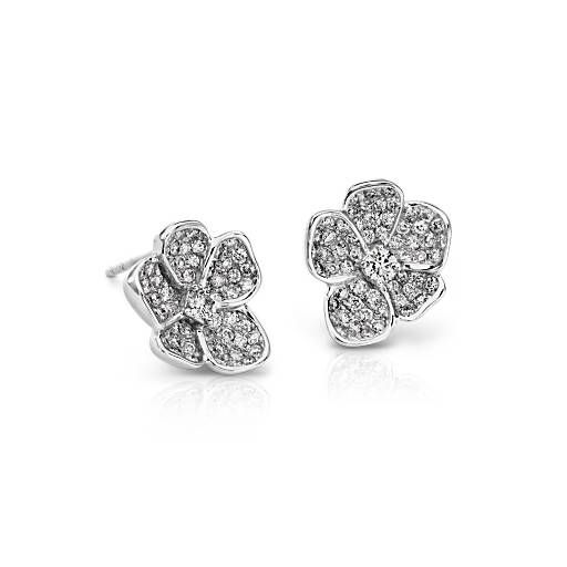 These floral stud diamond earrings in 18k white gold will brilliantly enhance your special look, accented by a signature blush pink sapphire on the back of each earring.