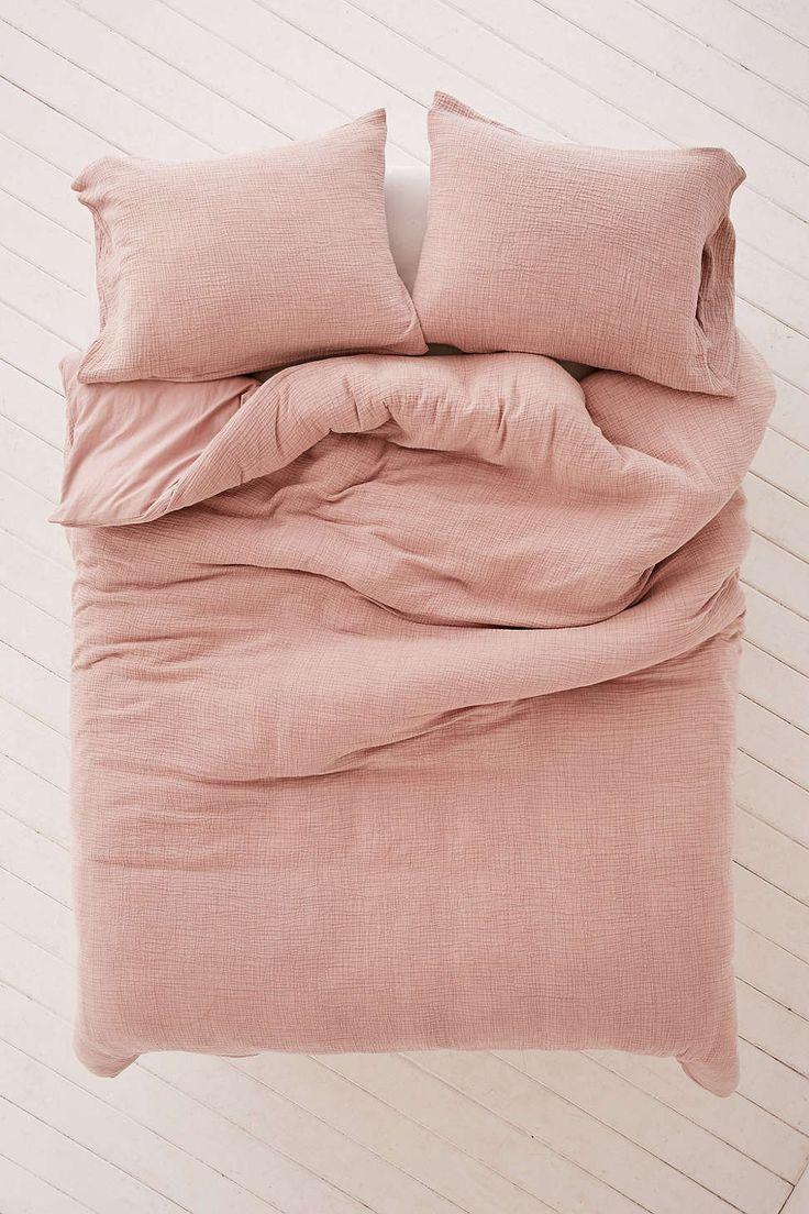best 25  pink bedding ideas on pinterest