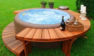 бассейн на даче.