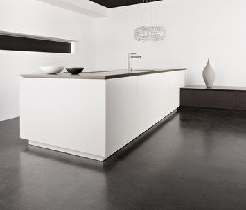 Contemporary Kitchen / Oak / Quartzite / Island Eggersmann Küchen GmbH U0026  Co. KG