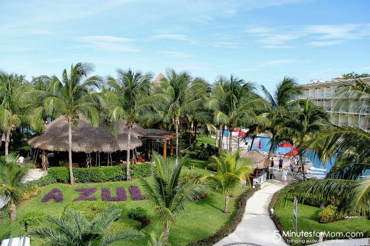 Tonya here, and today I want to share with you a look inside the family friendly Azul Hotels in the Riviera Maya, where you can now experience the exclusive Nickelodeon Experience that is fun for