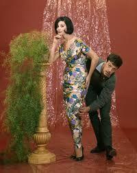Couturier is een modeontwerper van bijzondere kleding.