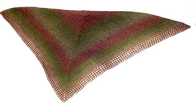 Ravelry: Easy crochet shawl/Schal i enkel virkning pattern by Pia Lindén